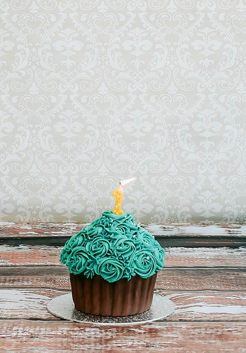Giant-cup-cake