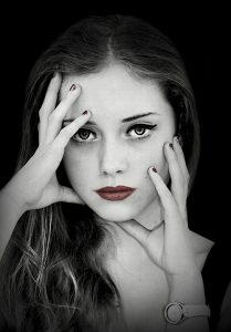 black and white photo with selected colour 209x300 - Girls Photoshoots