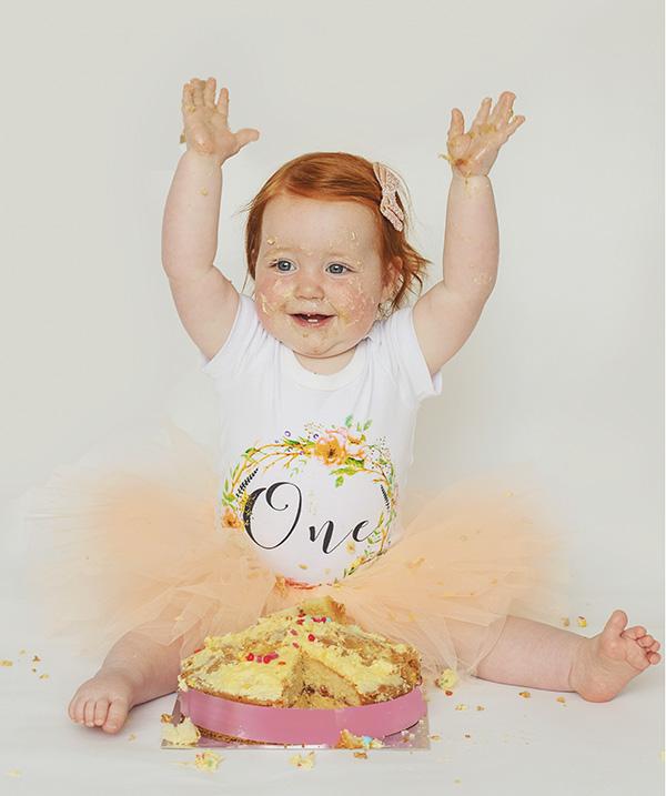girls cake smash photo shoot - Cake Smash In Northwich